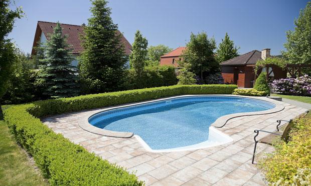 ein swimmingpool im garten – kosten, vorteile und tipps › das, Haus und garten