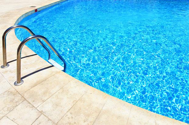 Ein Swimmingpool Im Garten Kosten Vorteile Und Tipps Das Online